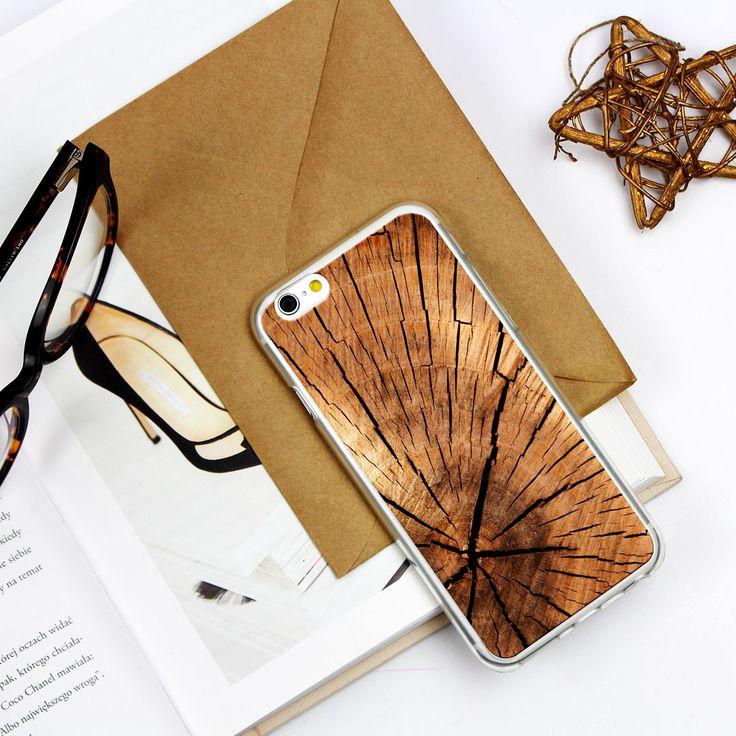 #wood #flatlay #muscat #style #fashion #natural Etui do telefonu z motywem drewna