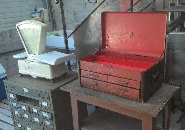 LE VIDE GRENIER DE DIDOU LA BROCANTE: caisse outils d'atelier a tiroir DESIGN garage loft vintage ancien tôle très rare colector