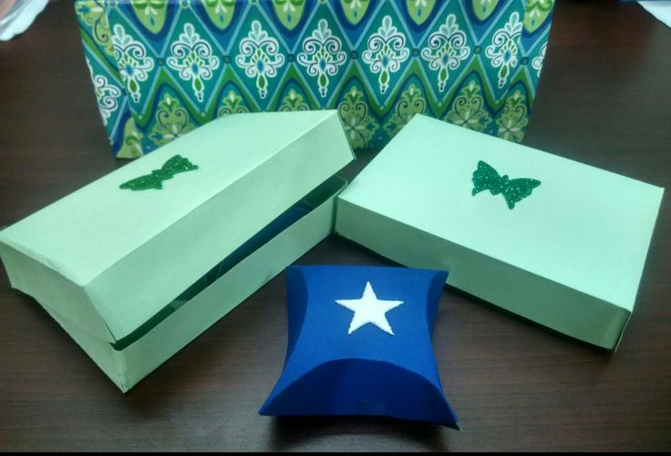 Easy foldable paper gift boxes