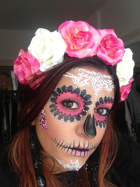 Crown Brush: Sugar Skull Make-up Tutorial by Annabella Lingis