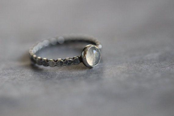 Mondstein Ring 6mm die Rose schneiden Blende von MossyCreekStudio