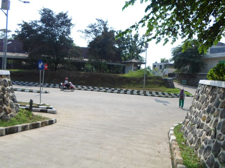 MAIN ROAD ON FMIPA - IPB