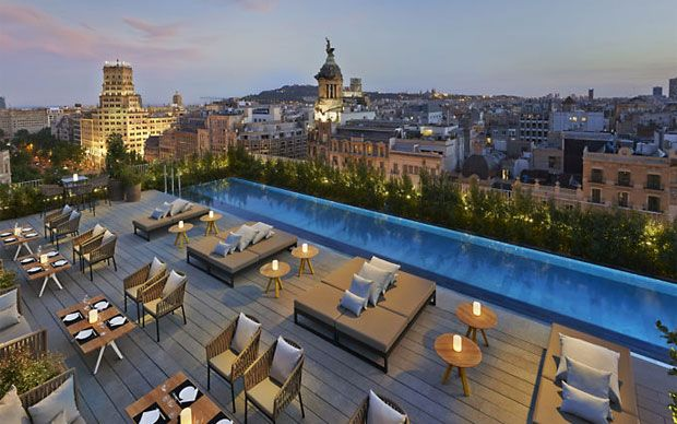The best hotel rooftop bars in Barcelona, featuring the top spots for   imaginative cocktails, astonishing views, infinity pools, lovely gardens,   live music and barbecue nights