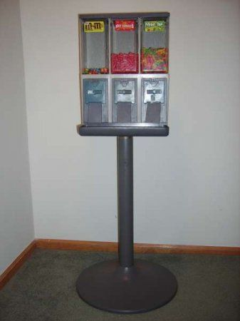 New Testimonial: http://www.usedvending.com/references.php?ref=1960 Thank you very much, great job by you and your organization.  Hello April,�Once the deal is complete, I just wanted to let you know how much I appreciate the great job that you did in helping me to sell the vending machines that I had. �Especially the dedication on your part, with the monthly updates/checks on my account, all the way up to the completion of the sale. �Thank you v...