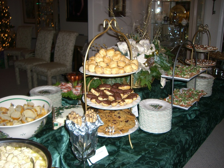 Buffet Table Christmas Party My Christmas Things Ideas Pinterest Buffet Tables