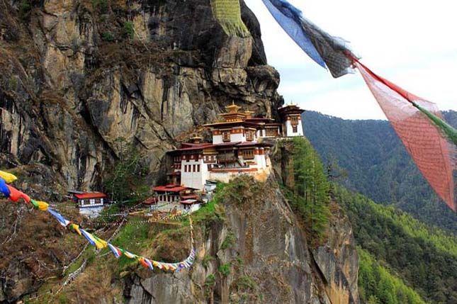 Taktsang Palphug kolostor, Bhután