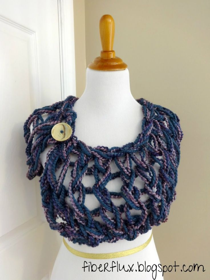 Love the open weave, deconstructed look of this capelet.