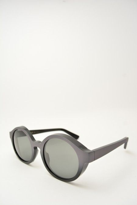 Logos ANDREA black and grey sunglasses #glasses #eyewear #logos #roundshape #blackmatte #greymatte #bassanodelgrappa #designglasses #design #cheap online store at www.bassanooptical.com