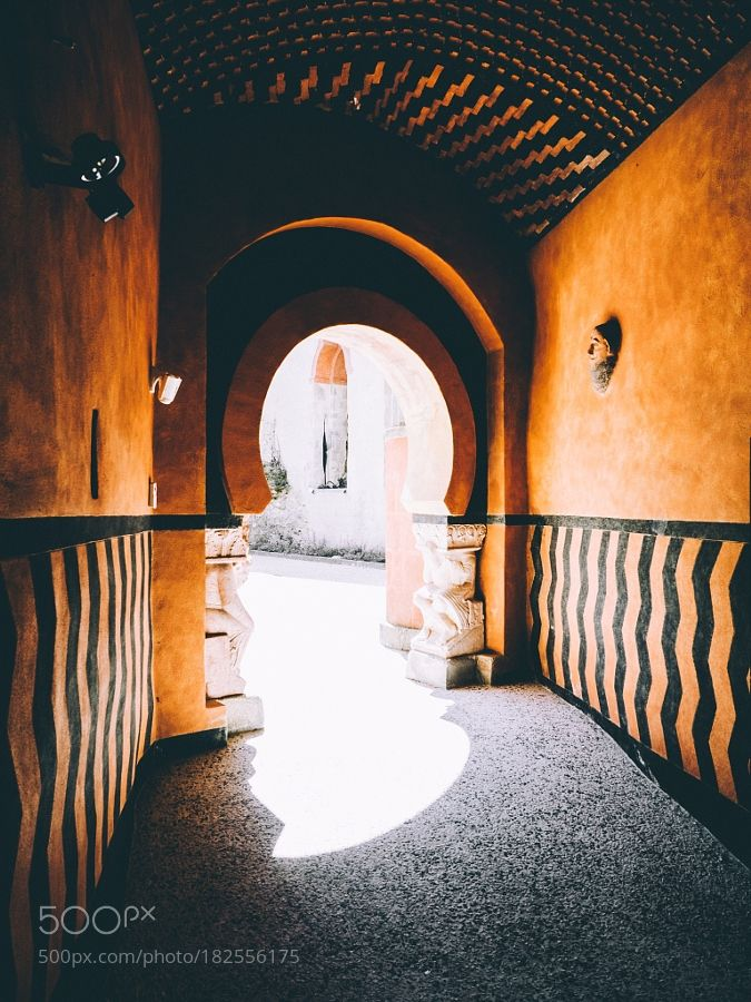 Arches at the Rocchetta Mattei by s1000