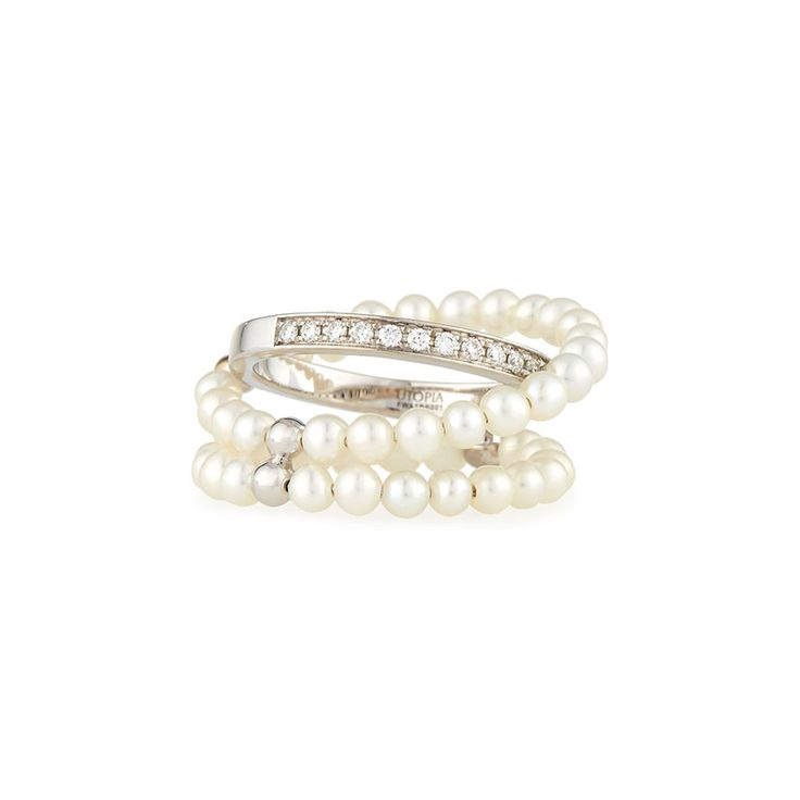 18ct white gold with Cumingi pearls and white diamonds. This beautiful ring is part of Utopia Aqua Collection.