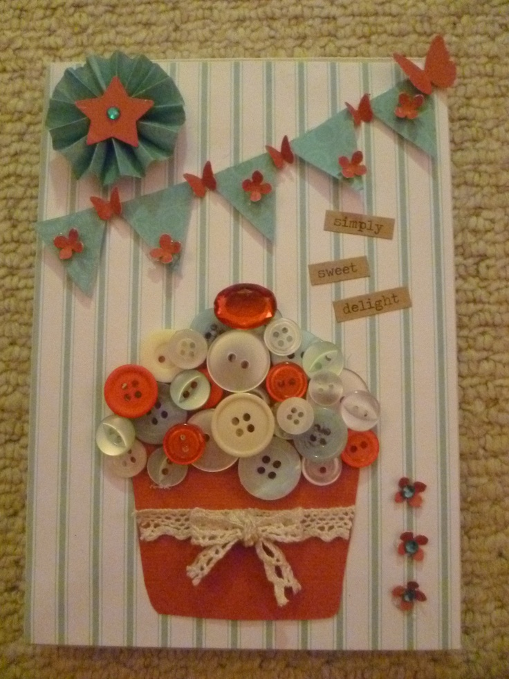Cupcake with button topping and bunting
