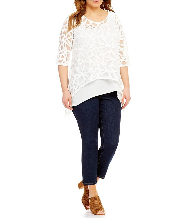 Chelsea & Theodore Plus Embroidered Swing Top