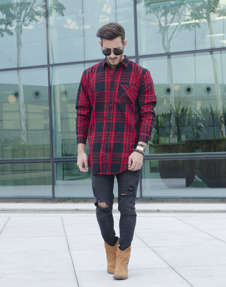 Outfit Men, Fashion Men, Men Style, maxi shirt, jeans destroyed, boots, plaid shirt - www.rodrigoperek.com