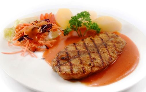 GRILLED NORWEGIAN SALMON, served with boiled potato & coleslaw, in red paprika sauce. Mama mia!