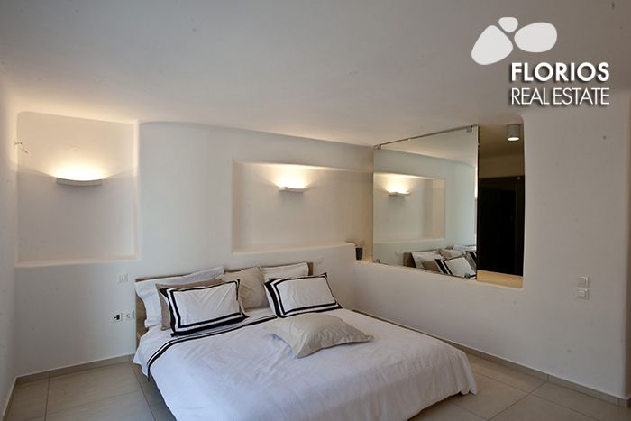 The villa has four bedrooms and sleeps 12 people and is suitable for children over 5. SpaciousVilla with a private pool, overlooking Mykonos town, for Sale. FL1486 http://www.florios.gr/en/mykonos-property/9.html
