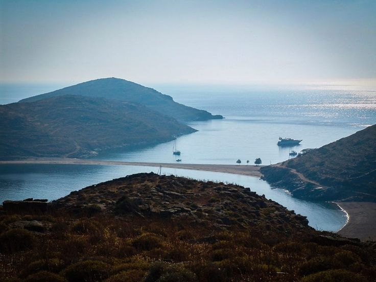 Kythnos is a popular #GreekIsland for Greeks but also for people who visit by a #BoatCharter. Also an ideal place for walkers. The island is also known as #Thermia because of the island's thermal spa at #Loutra. Beautiful main town with cube- shaped houses, nice beaches all around with crystal clear waters!