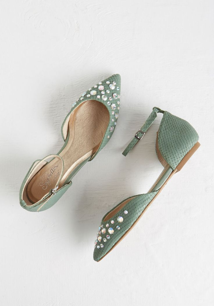 Rule of Thumb Flat. When the evening calls for a touch of elegance, you know youll be buckling into these leather flats by Seychelles! #green #wedding #modcloth