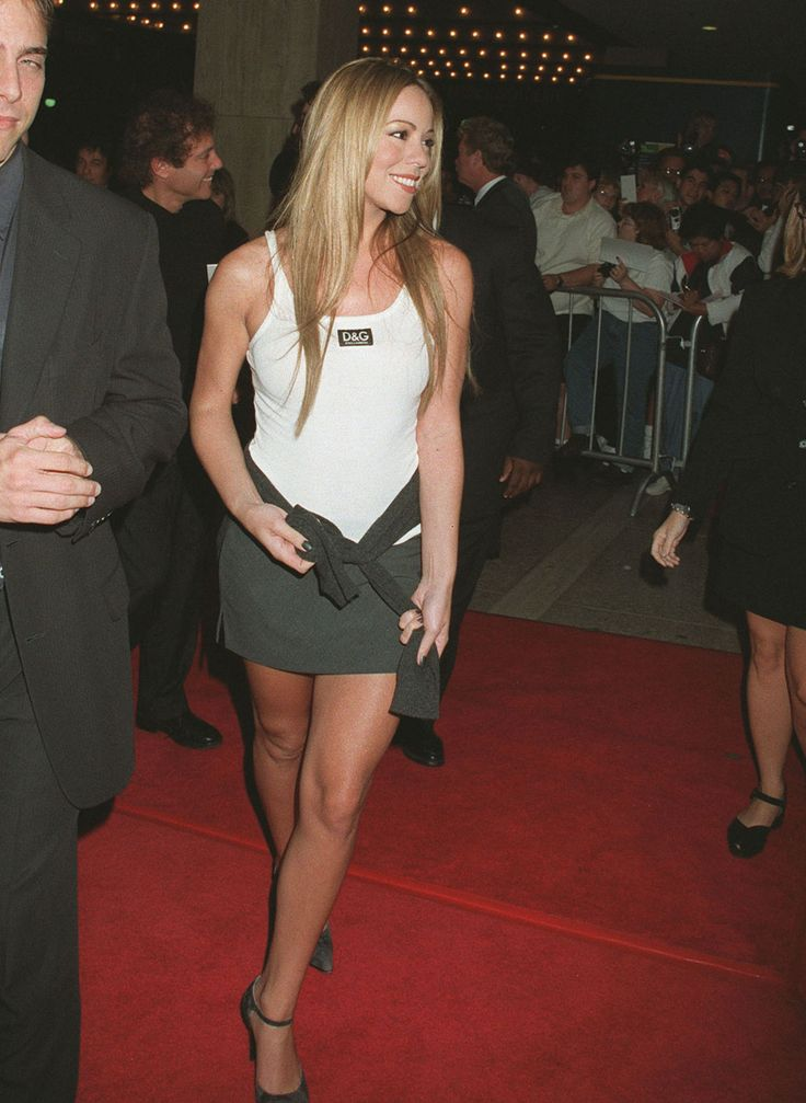 NEW YORK CITY - APRIL 13:   Singer Mariah Carey attends the Fall 1994 Fashion Week: Calvin Klein Fashion Show on April 13, 1994 at Bryan Park in New York City.  (Photo by Ron Galella, Ltd./WireImage)