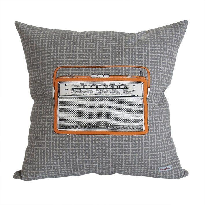 FunkyDoris.no - Radio Pillow