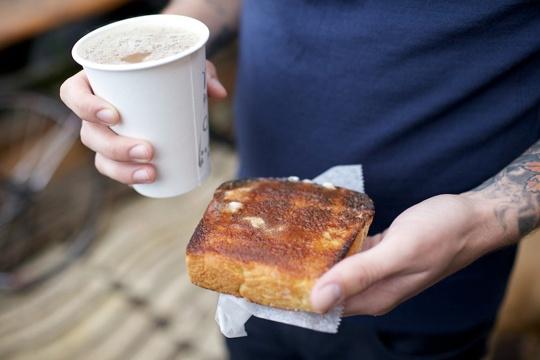 cinnamome toast & coffee <3
