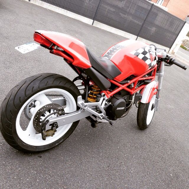 25 best ideas about ducati monster 600 on pinterest ducati monster ducati monster 1000 and. Black Bedroom Furniture Sets. Home Design Ideas