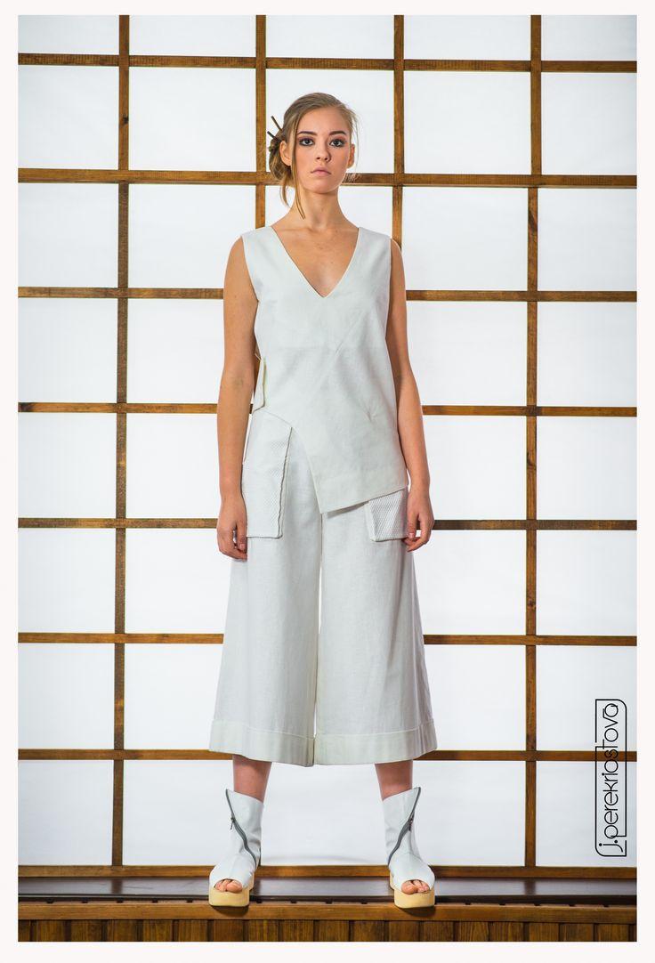 Белый костюм: брюки-кюлоты и туника - J.Perekriostova