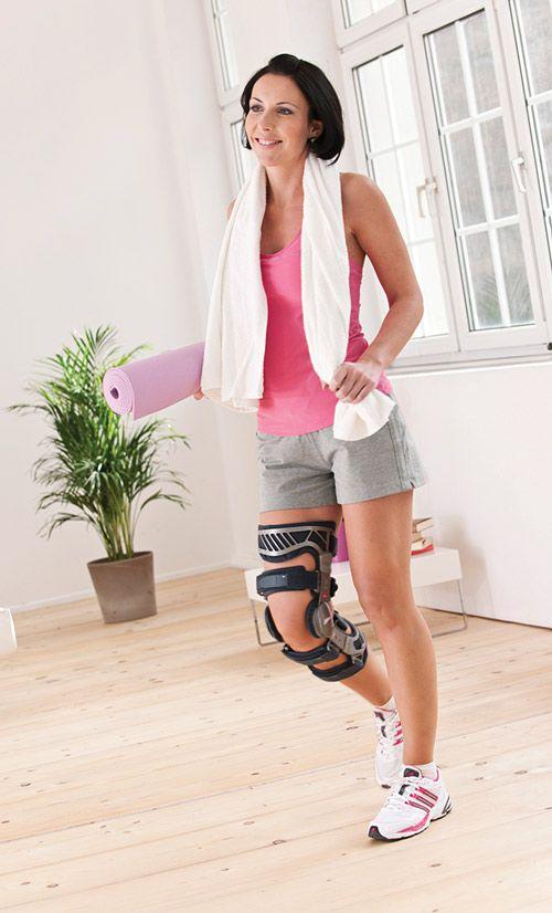 how to put on a corflex knee brace