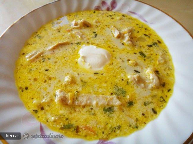 Intr-o cucta (cu capacitate de minim 6 l) puneti ingredientele pentru supa de oase. Completati cu 3. 5-4 l apa in functie de cat de mare este osul si capacitatea cuctei dar sa nu treaca de 3/4. Puneti capacul, sigilati si ...