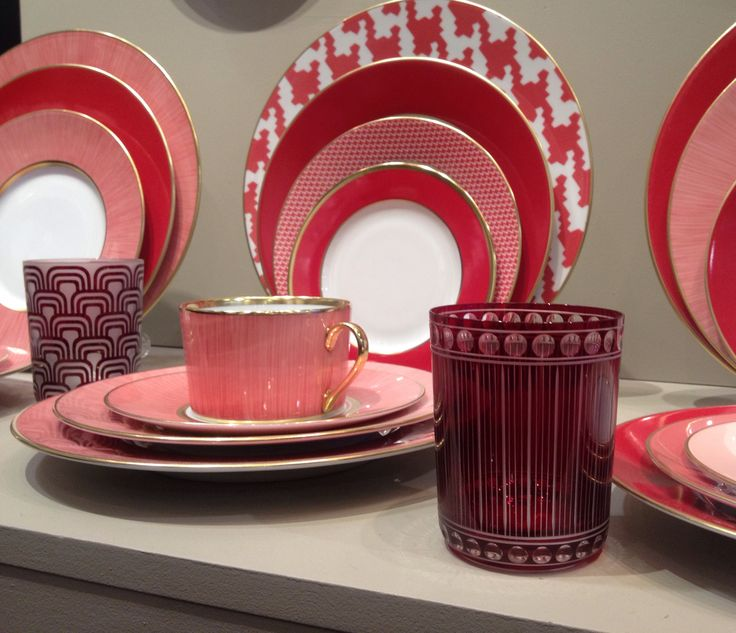CLARESCO Glass accompanying wonderful Legle Limoges porcelain pieces.