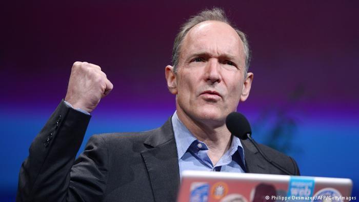 Timothy John Berners-Lee britischer Physiker und Informatiker Archivbild (Philippe Desmazes/AFP/GettyImages)