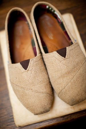 Burlap Toms, have these...most. comfortable. shoes. EVER.