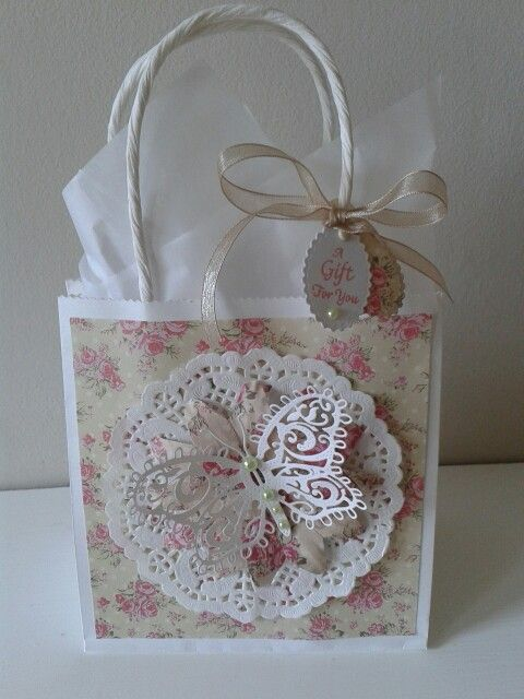 Gift bag using sweet paris dovecraft papers.