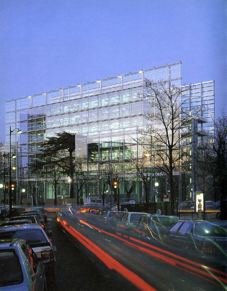 Foundation Cartier | Jean Nouvel. Paris 1994. No matter what time of day, it looks like a mirage.