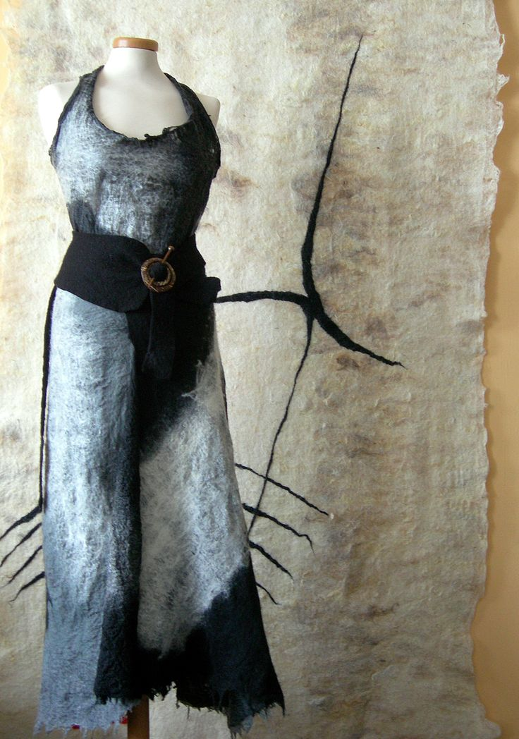 more black and white  Neuchi Nakama Vilt    Mirjam Peeters