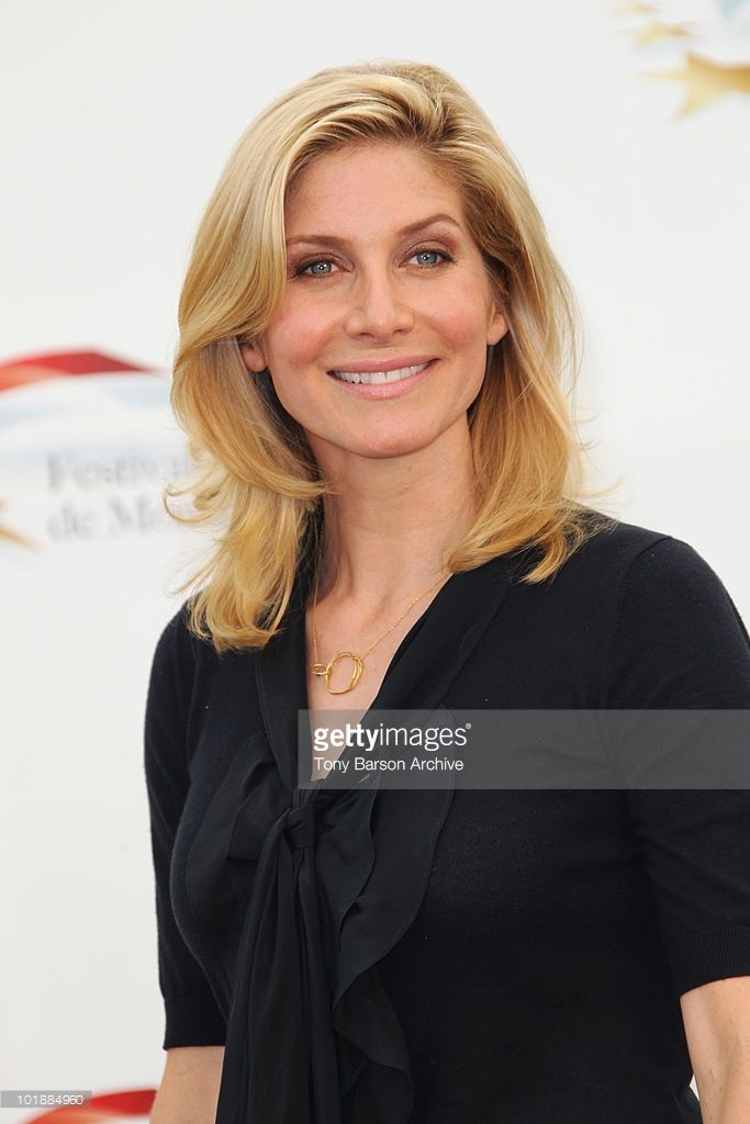 08: Elizabeth Mitchell poses during Day 3 of the 50th Monte Carlo TV Festival at the Grimaldi Forum on June 8, 2010 in Monte-Carlo, Monaco.