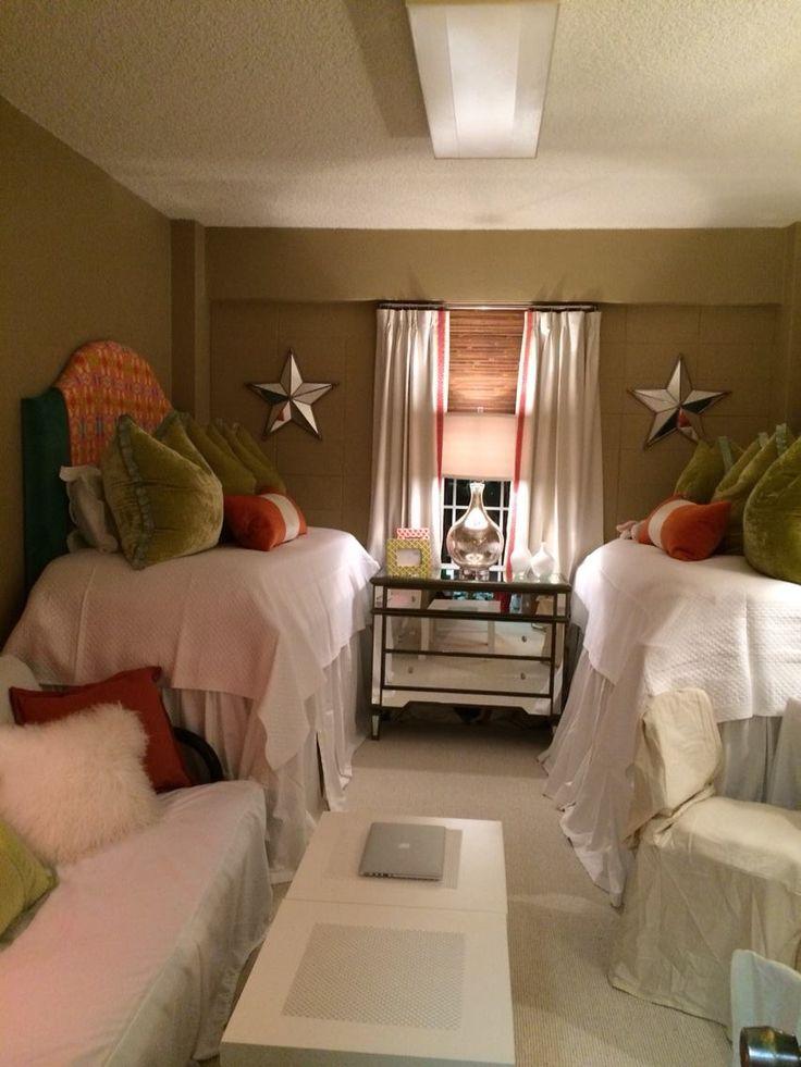 Jane B Mu0027s Daughteru0027s Room At Ole Miss · College DormsCollege ... Part 36