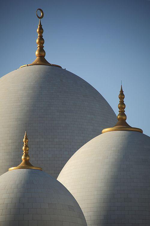Shekih Zayed Mosque, Photo by Faisal Almalki, via 500px