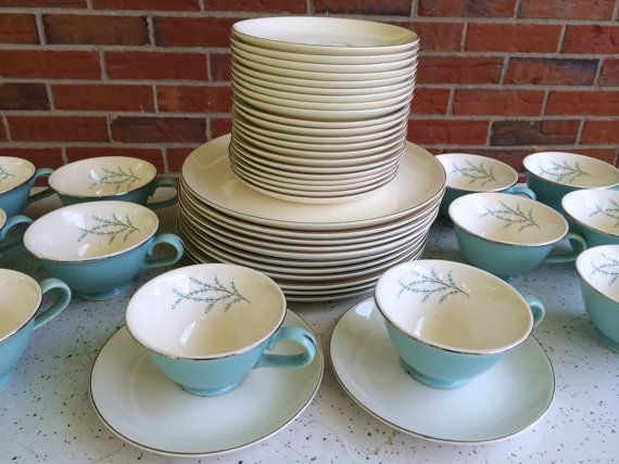 RESERVED FOR FSTOREOPS - Vintage Retro Set of 48 Pieces of Taylor Smith Taylor Blue Twig Dinnerware 1950s & 26 best Taylor Smith Taylor China images on Pinterest | Taylor smith ...
