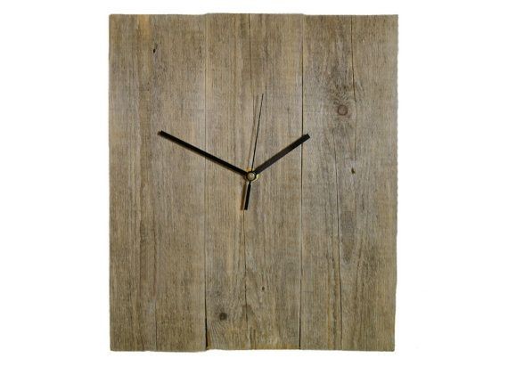 Aldomero Wall Clock size 30 x 35cm  It is a medium-sized clock Monte Vente made ​​from reclaimed pine wood.  Clock Aldomero despite its simplicity, has a unique look and charm.   On the creation of my products I spend hours of attention, emotion and passion... In each clock there are only positive feelings. More clocks: www.montevente.pl
