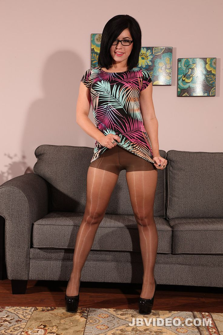 reserved-matures-and-pantyhose-video-beau-booby-chicks-pics