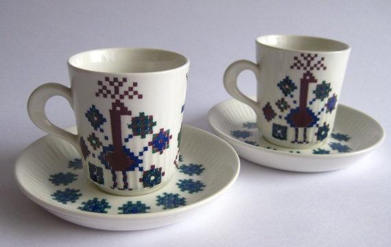 2 Vintage Figgjo Flint Menu Espresso Cups & Saucers 1960's Norway