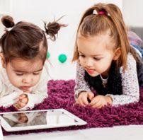 How to successfully use interactive media in the early childhood?