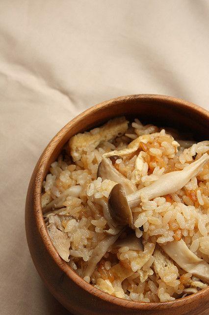 Japanese food - mushroom takikomi rice
