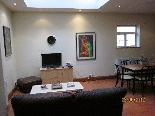 Paddington Holiday Apartment: Central London (Sleeps up to 11) Only
