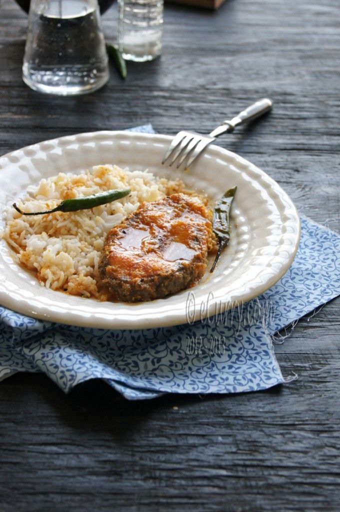 Fish Curry In Nigella Flavored Spicy Sauce Recipes — Dishmaps