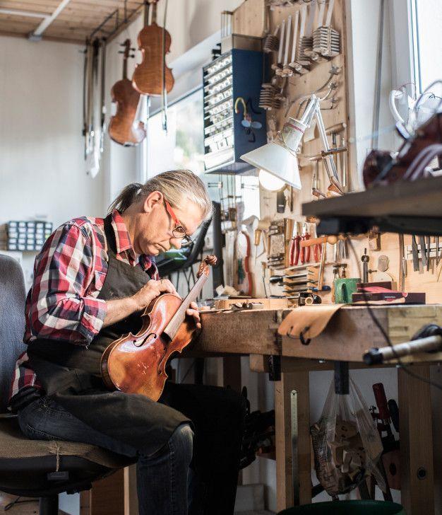 Geigenbauer Johannes Schuricht © Petra Rainer