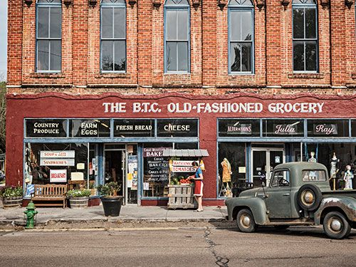 The B.T.C. Old-Fashioned Grocery in Water Valley, Mississippi #countryliving