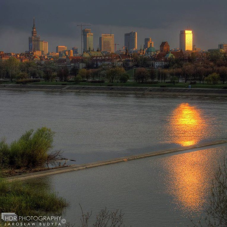 #Warsaw!, https://www.facebook.com/photo.php?fbid=10150657868717093=a.315735347092.156005.315289652092=1