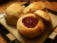 18th Century Spanish-Fashion Loaf (rolls with chocolate cream) from Colonial Williamsburg