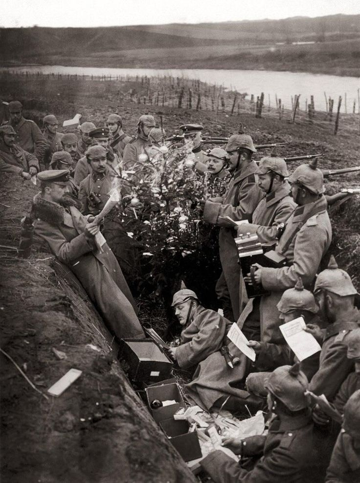 World War I, 1914. Christmas in German trenches.